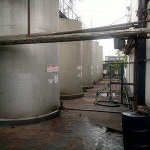 Óleo mineral emulsionável